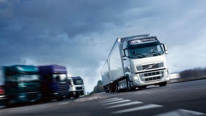 La UE quiere reducir el 30% las emisiones contaminantes de camiones en 2030